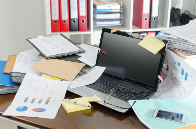 How to be better organised at home and in the office - Messy Desk